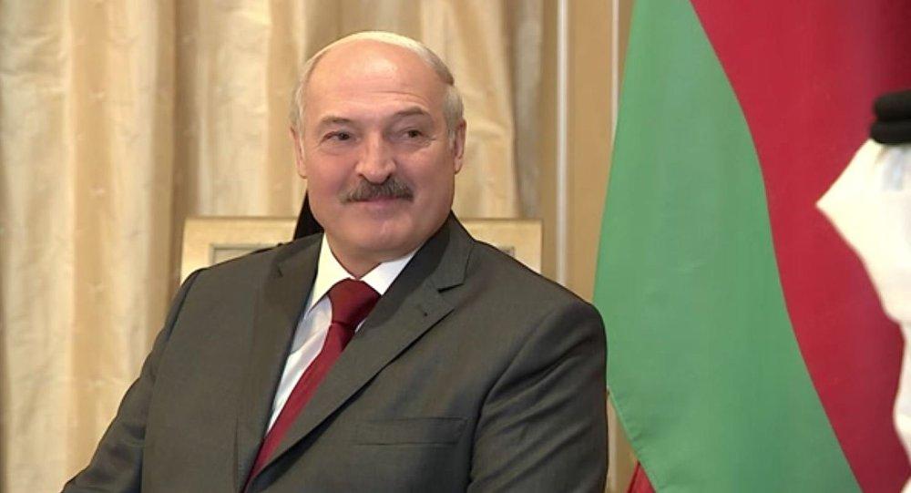 Александр Лукашенко остался гостить уарабского шейха