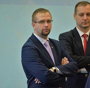 Генеральный секретарь НОК Анатолий Котов (на переднем плане)