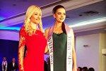 Елизавета Шикута (справа) стала второй красавицей на конкурсе СуперМодель Вселенная
