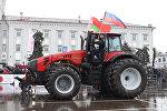 7 ноября возле Минского тракторного завода презентовали самый мощный трактор в мире Беларусь 45-22 весом 18 тонн