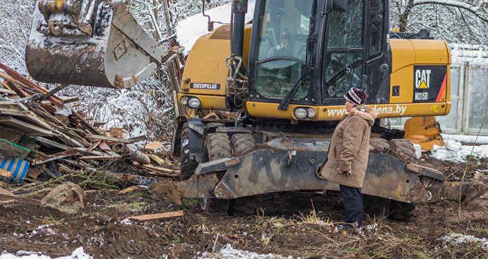 Больше тысячи нелегальных дач начали сносить в Гродно