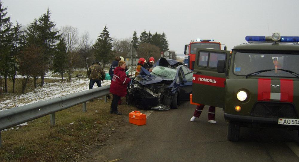 Тойота Prius врезалась вфуру вПуховичском районе, погибла женщина