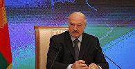 Лукашэнка дае прэс-канферэнцыю прадстаўнікам расійскіх СМІ і блогерам