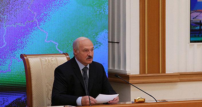 Республика Беларусь хотела участвовать вприватизации «Башнефти»— Лукашенко