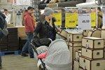 Первые посетители минского магазина Jysk