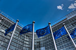 Флаги возле штаб-квартиры ЕС