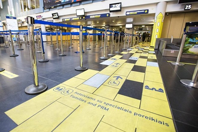 Дорога из желтого кирпича Вильнюсского аэропорта