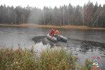 Спасатели МЧС на озере в Бобруйском районе