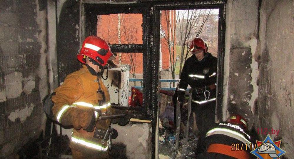 Десять человек эвакуировали из-за пожара вжилом доме вВитебске