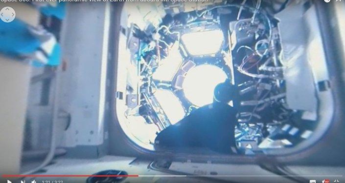 Как все устроено: космонавты показали панораму внутри МКС