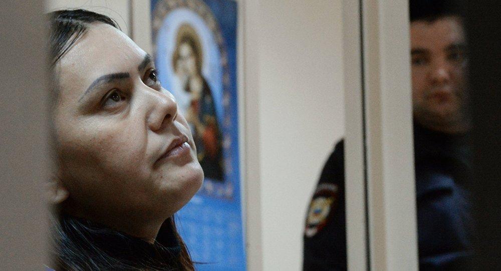 Суд в столицеРФ решит вопрос опринудительном лечении няни, убившей девочку
