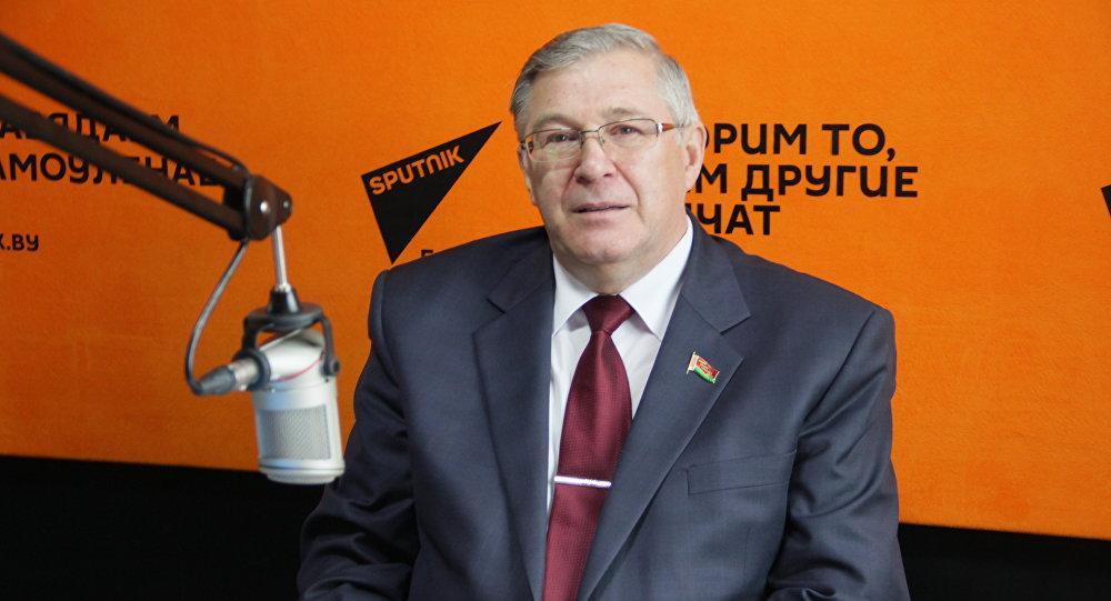 Секретарь ЦК КПБ Георгий Атаманов