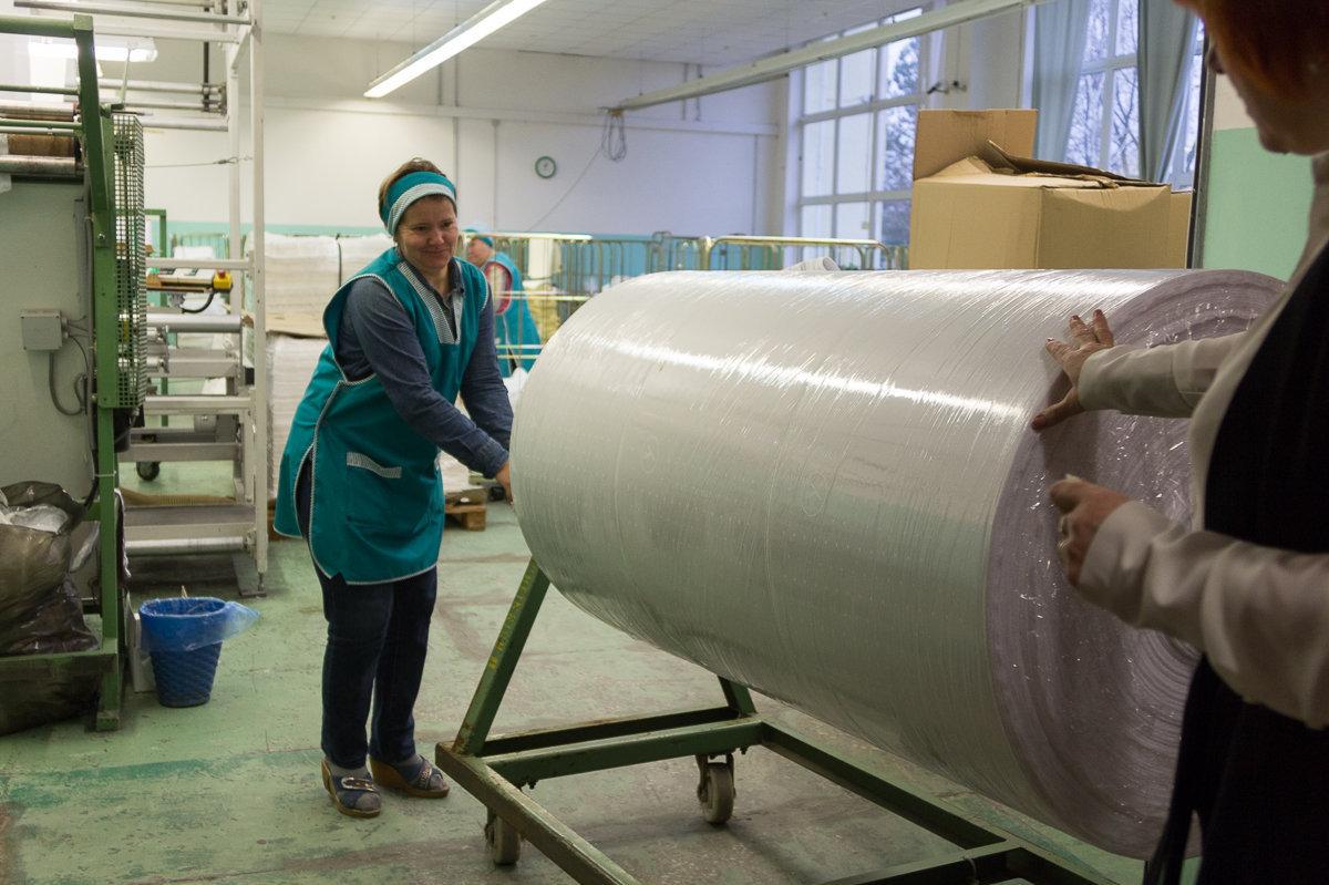 Ткани на производство привозят из Германии