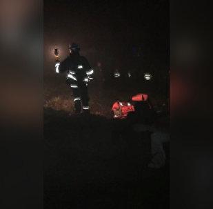 Поисково-спасательная операция на месте крушения самолета в Колумбии
