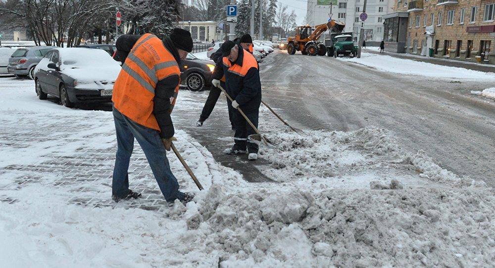 Уборка снегу ў Мінску