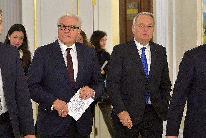 Министры иностранных дел ФРГ и Франции Франк-Вальтер Штайнмайер и Жан-Марк Эйро