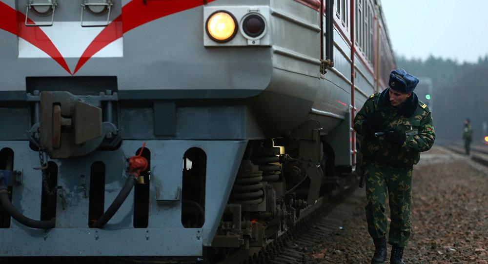Поезд на станции Гудогай