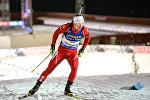 Белорусский биатлонист Владимир Чепелин на трассе в шведском Эстерсунде