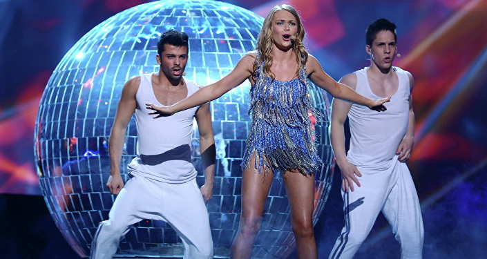 Украина потратила накостюмы ведущих Евровидения $34 тысячи