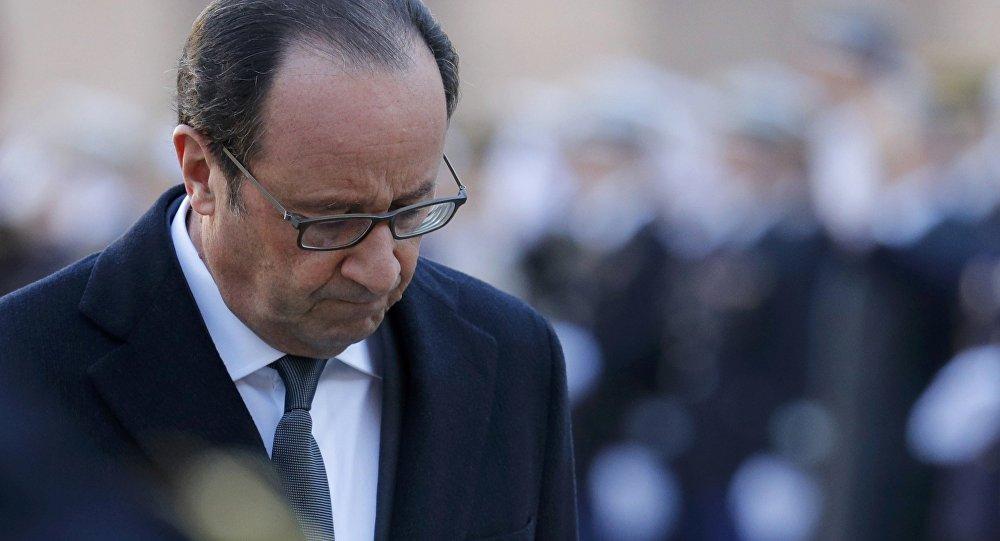 Олланд отказался от 2-го президентского срока из-за семьи