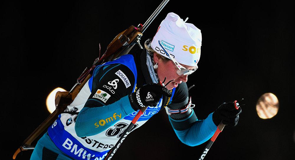Француженка Дорен-Абер выиграла биатлонный спринт вЭстерсунде