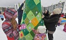 Ярнбомбинг – вязанье для деревьев и фонарей