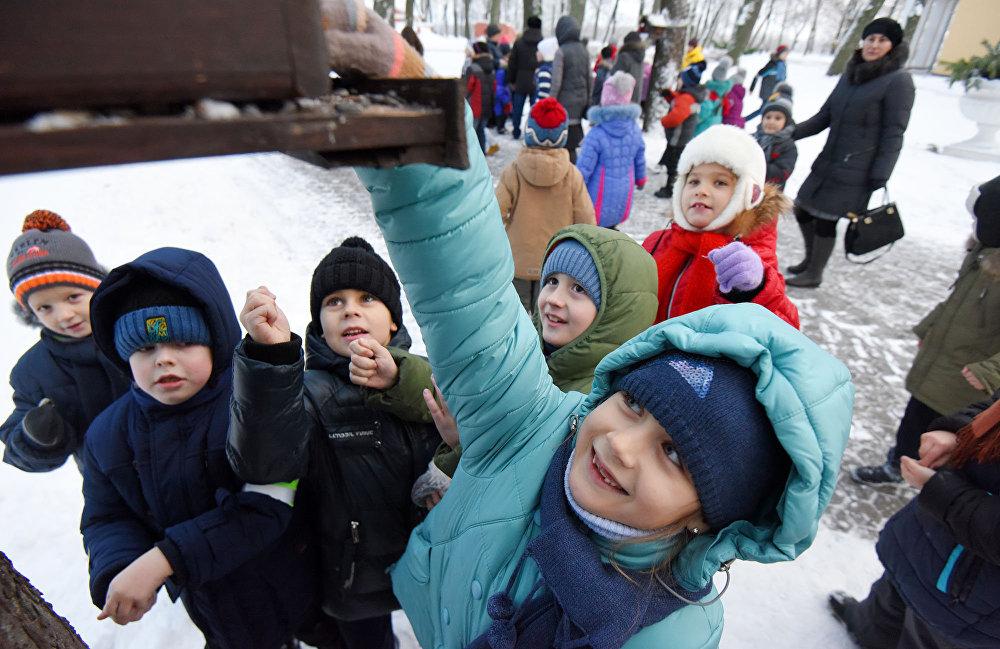 ВГомеле устроили особый пир для жителей парка