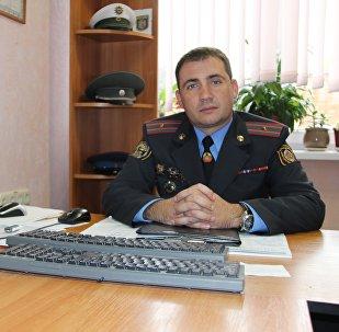 Исполняющий обязанности начальника отдела по агитации и пропаганде ГАИ ГУВД Мингорисполкома Сергей Зараник