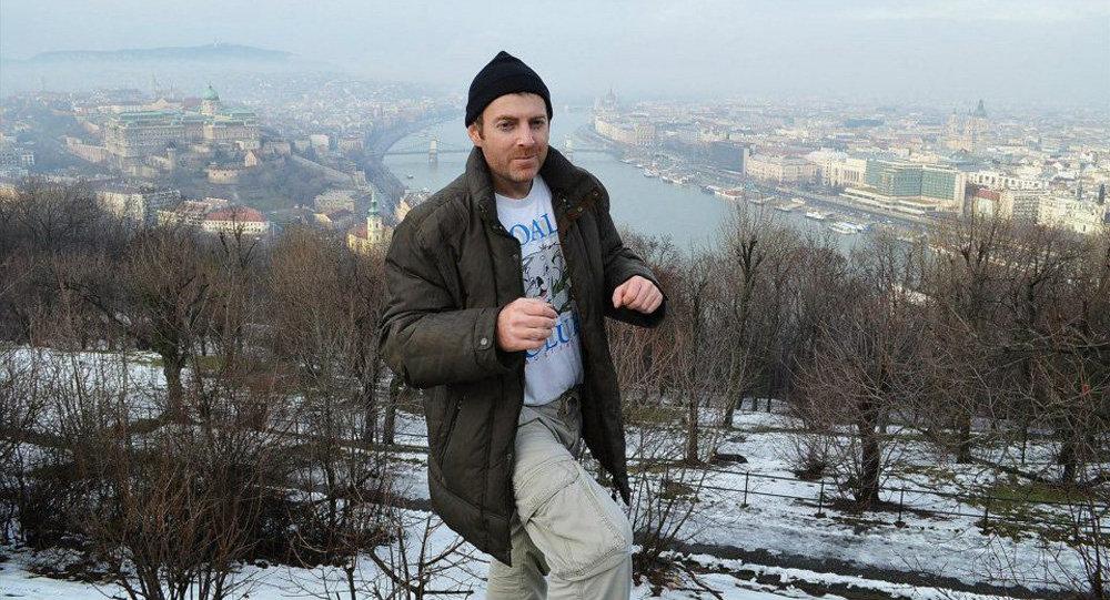 В Минске по запросу Баку задержан известный блогер Александр Лапшин за визит в Карабах