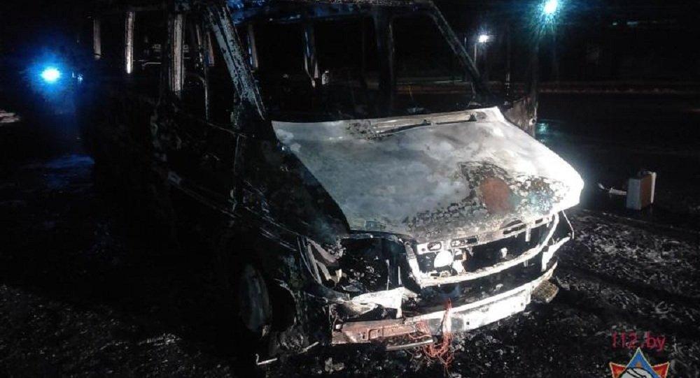 Маршрутный Mercedes на100% выгорел вБресте— МЧС