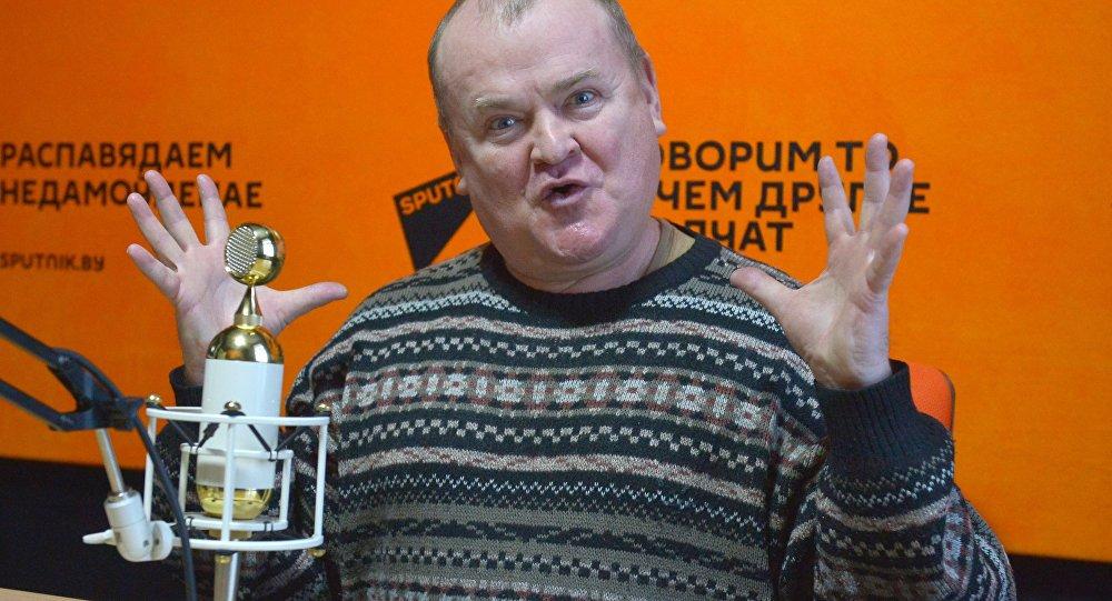 Артист театра и кино, автор и исполнитель Георгий Волчек