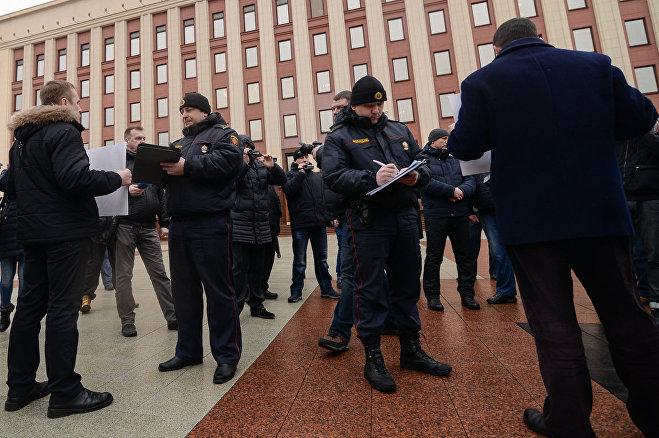 ВМинске оппозиция проводит акцию вподдержку канала «Белсат»
