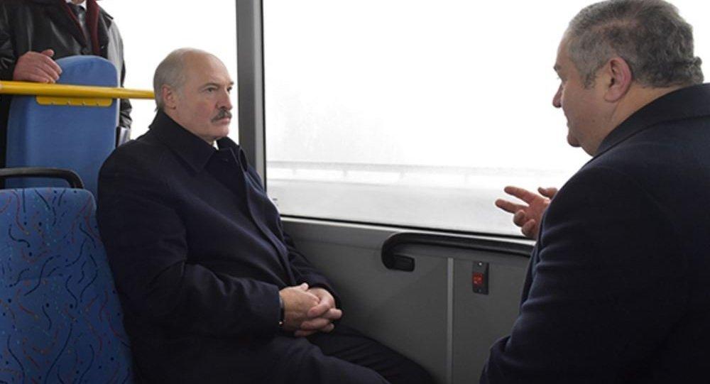 Президент Белоруссии принял участие вцеремонии открытия МКАД-2