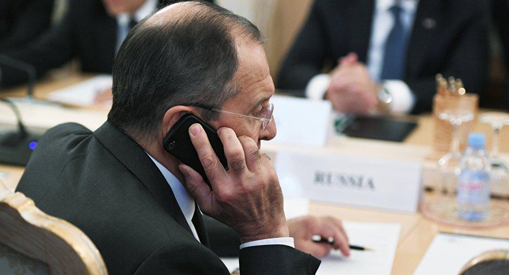 Лавров иМакей потелефону обсудили повестку Белоруссии иРФ