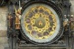 Знаки зодиака на башне в Праге