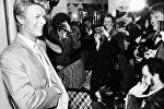 Дэвид Боуи и репортеры