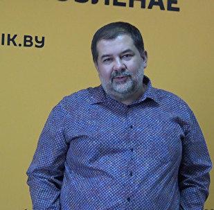Поздравление Лукьяненко