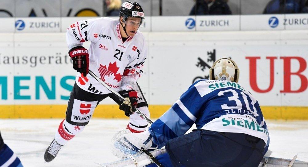 ХК «Автомобилист» проиграл 1-ый матч наКубке Шпенглера