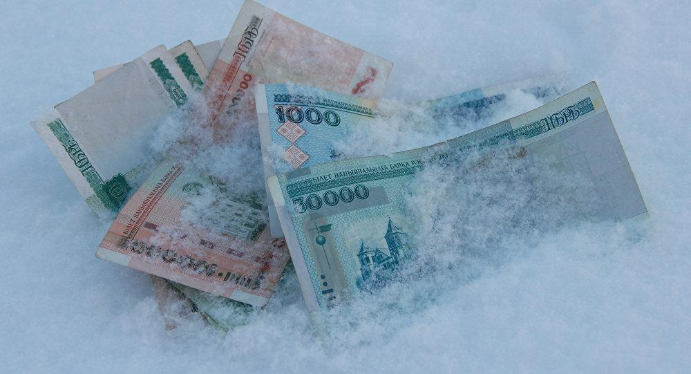 Последние часы «старых» банкнот: с1января— только «новые» деньги