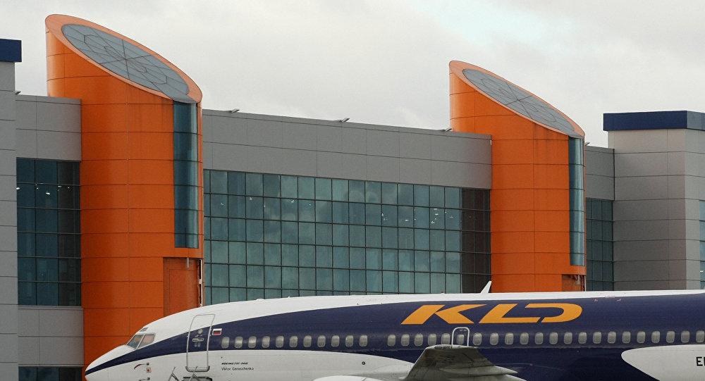 Аэропорт Калининграда, архивное фото
