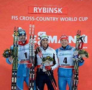 Расійскі лыжнік Сяргей Усцюгаў (першы злева)