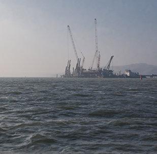 Возведение Керченского моста