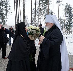 Митрополит Павел и игумения Василисса в престольный праздник Ксении 6 февраля 2015 года