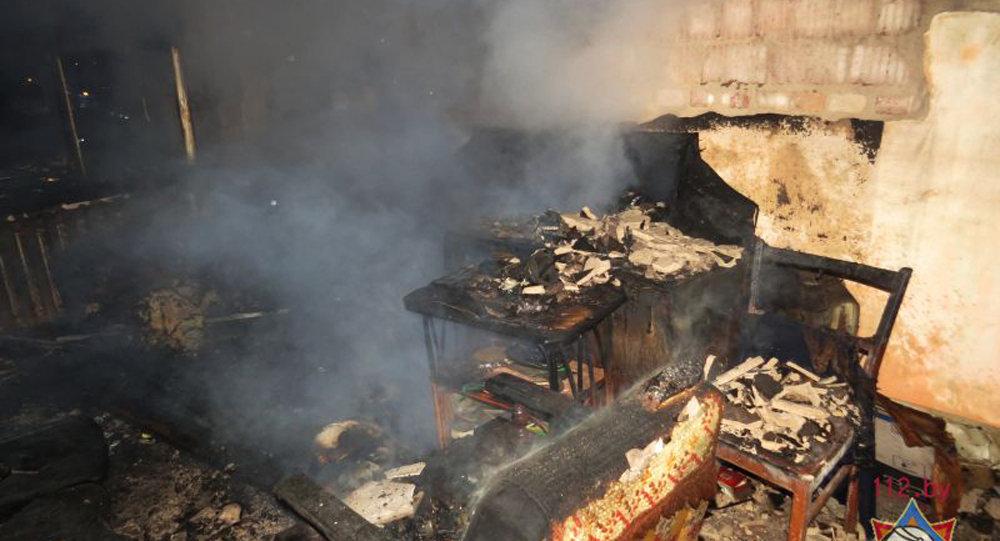 Ночной пожар вМинске: пенсионерка погибла, 14 жильцов эвакуировали