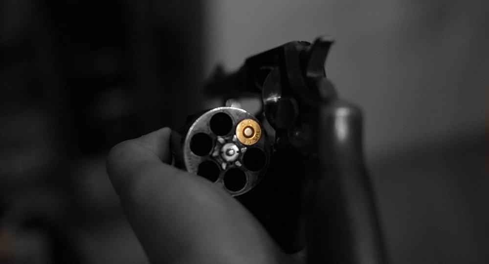 Револьвер, архивное фото