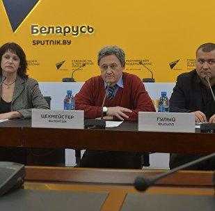 Эксперты в МПЦ Sputnik обсудили указ о безвизовом въезде