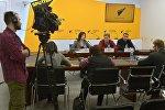 Эксперты обсудили в пресс-центре Sputnik указ об отмене виз
