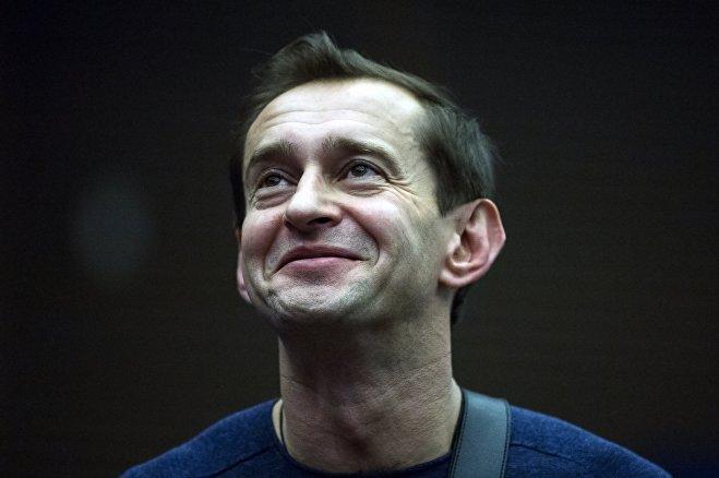 Константин Хабенский во время интервью журналистам в рамках кинофестиваля Кинотавр