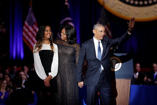 Барак Обама с женой Мишель и дочерью Малией