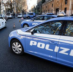 Автомобили итальянской полиции, архивное фото